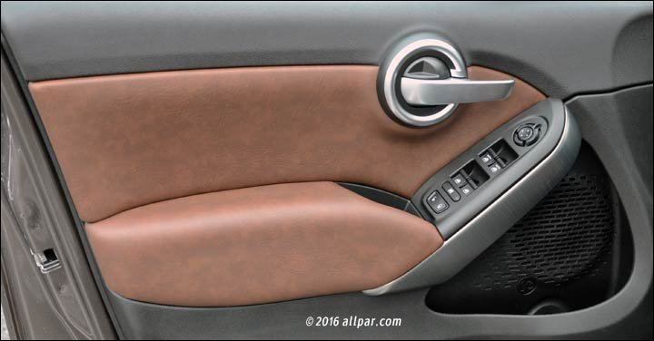 2017 Fiat 500X brown leather seats