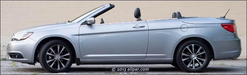 2013 chrysler 200 convertible review