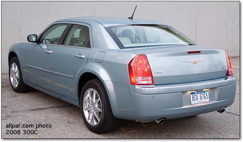 2008 Chrysler 300C AWD Car Review