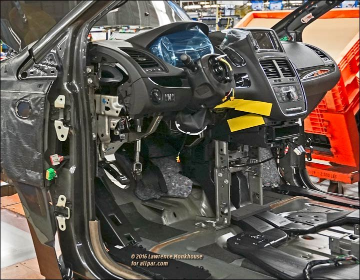 2011 Chrysler Town & Country spy shot