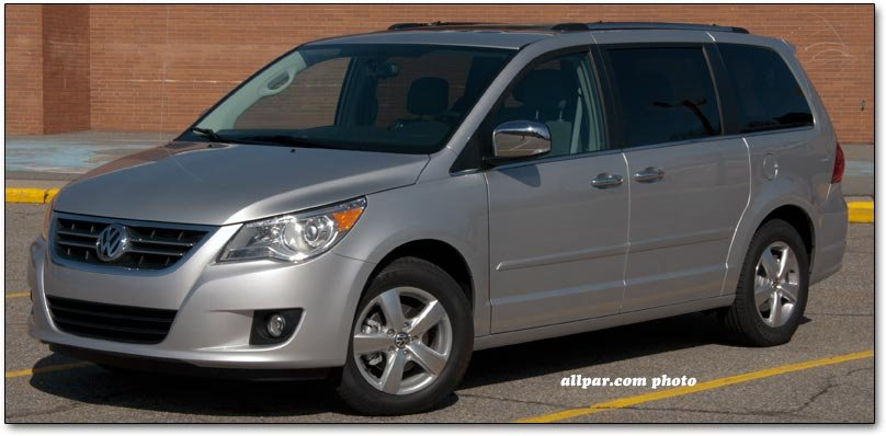 volkswagen routan minivan review