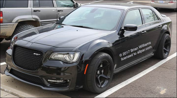 News: Maybe it's not a 300C Hellcat?
