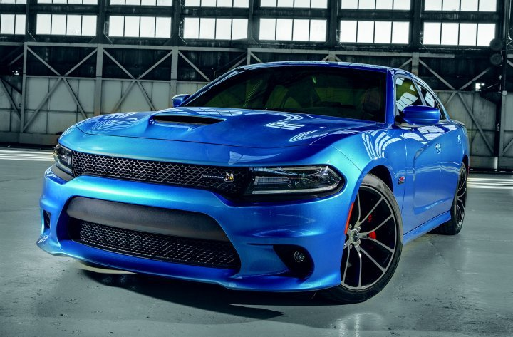 2018 Dodge Charger Scat Pack in B5 Blue