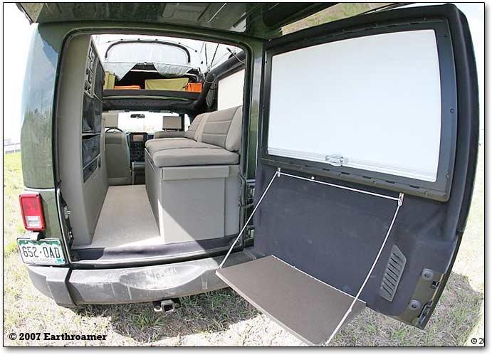 Earthroamer XVJP: Jeep based offroad luxury camper