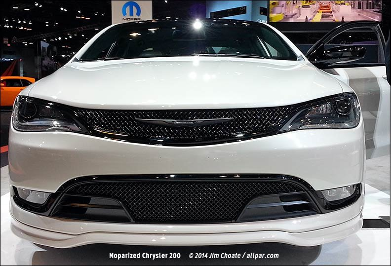 Chrysler Dodge And Jeep At The Chicago Auto Show - Car show display accessories