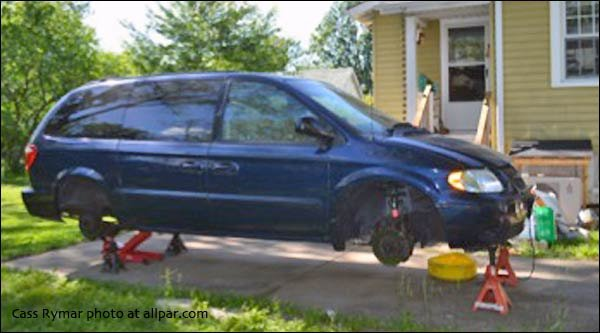 2002 Chrysler Town & Country minivan fuel pump replacement