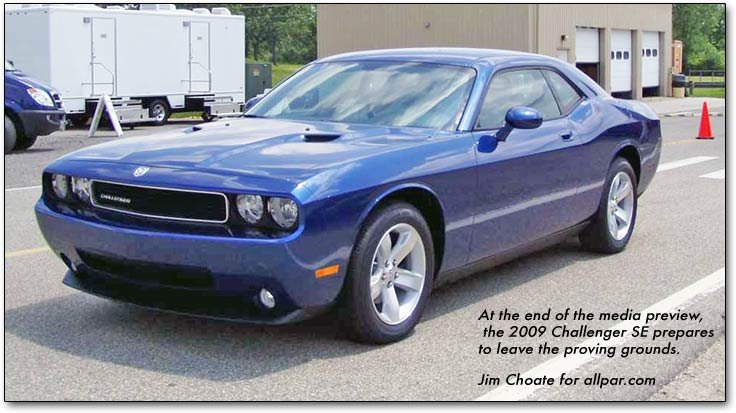 2008 dodge challenger srt8 quick test drive. Black Bedroom Furniture Sets. Home Design Ideas