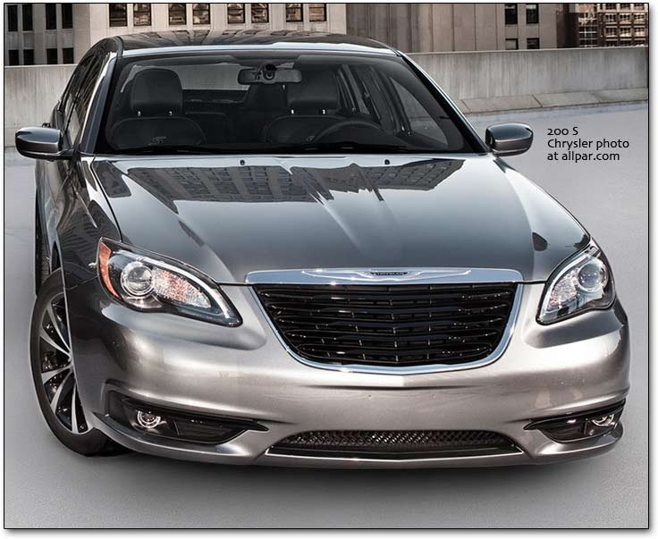 chrysler 200 S the 2011 2014 chrysler 200 cars affordable luxury with 300 style  at mifinder.co
