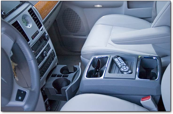 2008 and 2009 Chrysler Town  Country Limited minivan car reviews
