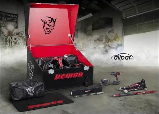 dodge hellcat demon box 2018 Dodge Challenger Demon: the most specialized Hellcat