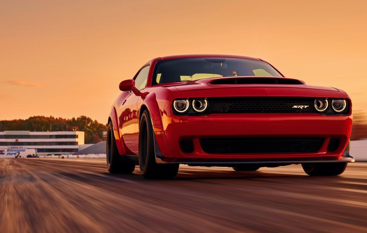 The Best Ing Muscle Car In August This Time Advantage Was Enough To Move Challenger Past Chevrolet Camaro Total S For Year