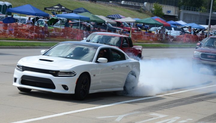 Dodge reveals new 300C, Charger, Grand Cherokee, Durango