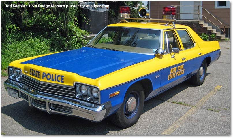 Dodge Monaco squad car