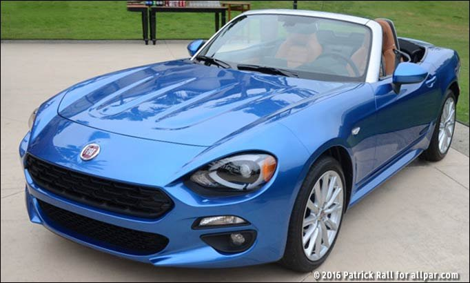 2017 Fiat 124 Spider convertible roadster