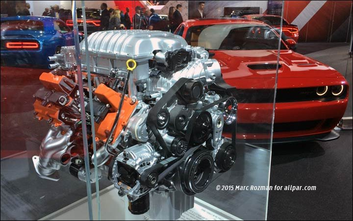 Hellcat V8 with Dodge Challenger
