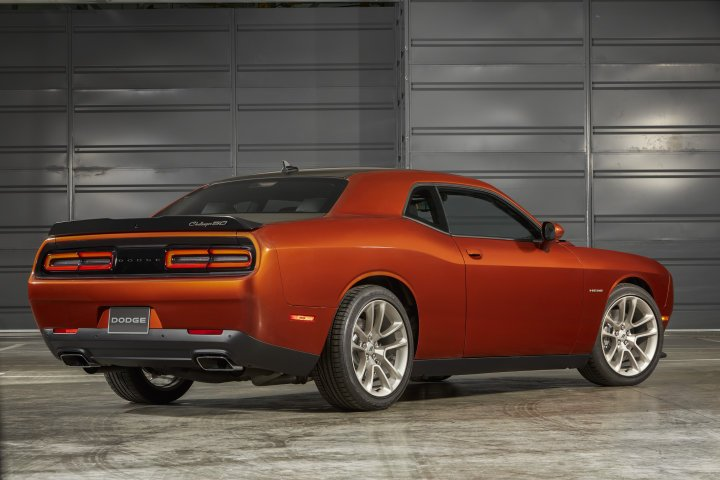 hpe 1000 challenger rear