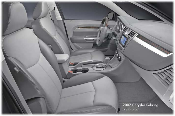 inside the 2007 chrysler sebring