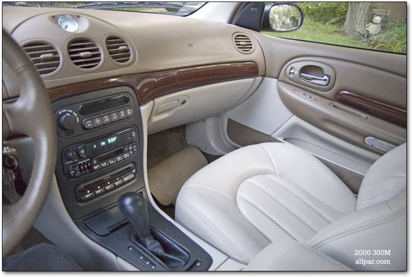 Rcomkyh Chrysler 300m Interior