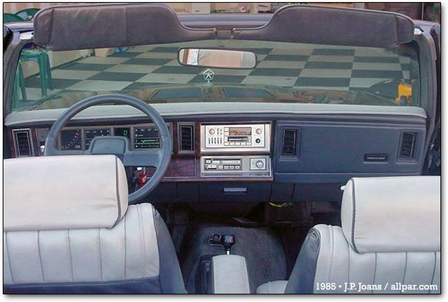 interior - Dodge convertible