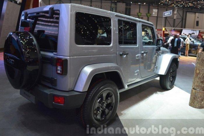 jeep wrnagler black edition ii rear