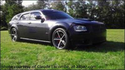 2008 Dodge Magnum SRT8 in steel blue