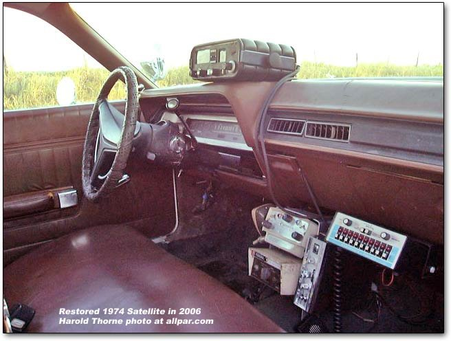 further File PLYMOUTH BARRACUDA AE 95 62 pic6 in addition 1971 Hemi barracuda furthermore History additionally 1971 Cars. on 1975 dodge 440 engine