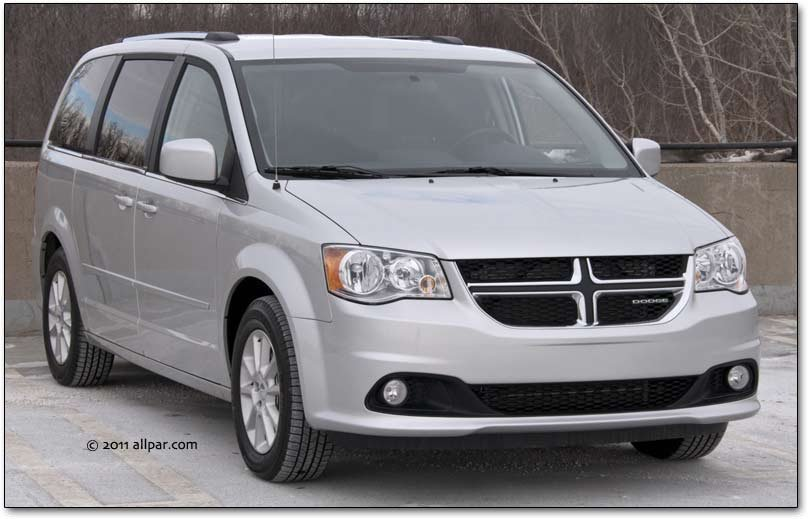 2013 Chrysler Town Amp Country Minivan Car Review