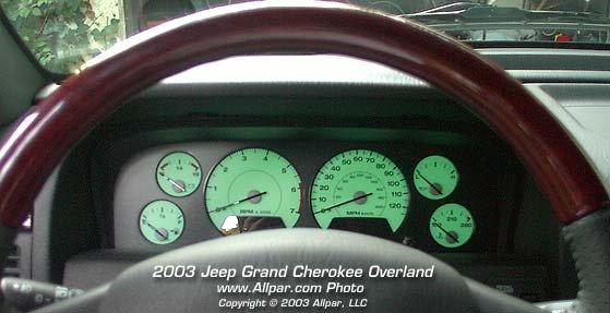 2003 Jeep Grand Cherokee Overland instrument panel