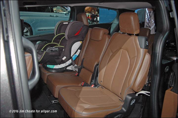 2017 chrysler pacifica seating best new cars for 2018. Black Bedroom Furniture Sets. Home Design Ideas