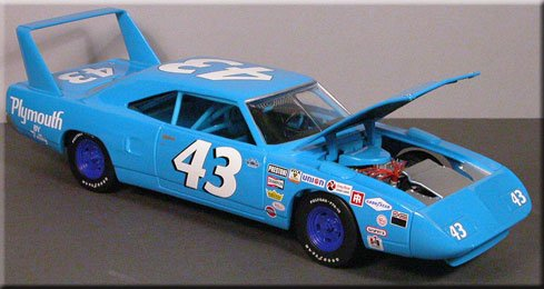 Richard Petty Superbird model from top - Road Runner