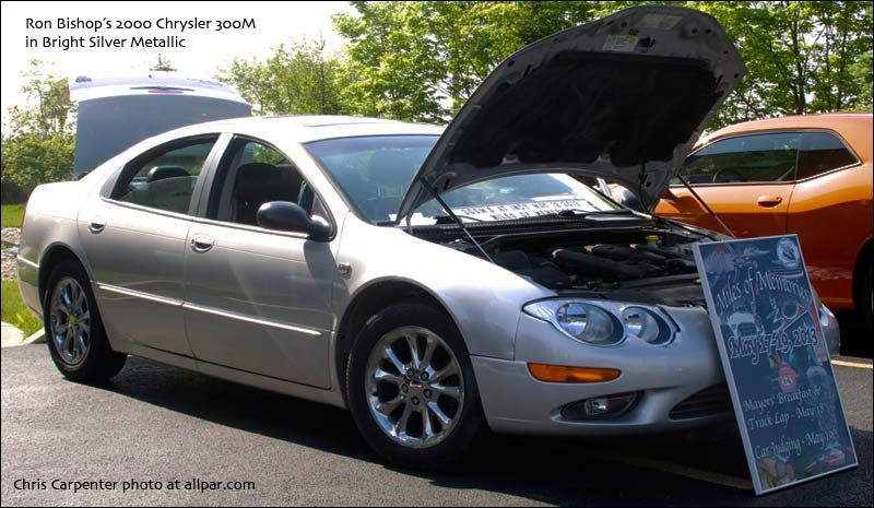 Bishop's Bright Silver Metallic 2000 Chrysler 300M