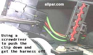 Reparaciones y Problemas del Dodge Neon de Chrysler #1: push neon clip