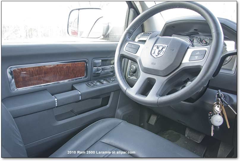 Ram 2500 grille