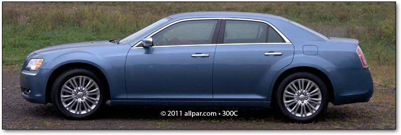 2011 Chrysler 200 Car Review