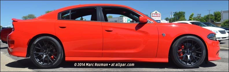 2015-2016 Dodge Charger Hellcat: 204 mph, 707 hp (with video)