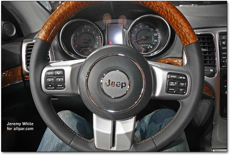 2009 new york auto show with 2010 jeep grand cherokee. Black Bedroom Furniture Sets. Home Design Ideas