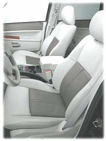 2005 Grand Cherokee seats