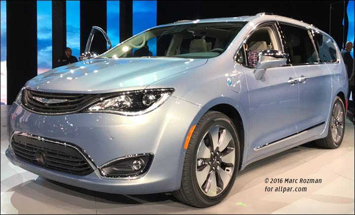 2017 Chrysler Pacifica in person