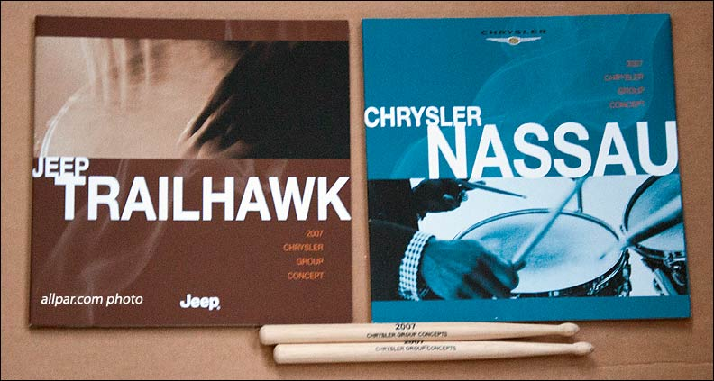 Miscellaneous Chrysler Press Kits Giveaways And Swag