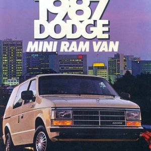1987-Dodge-Mini-Ram-Van-01.jpg